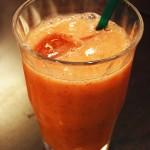 季節のフルーツを絞った生ミックスジュース 【写真をクリックで拡大】