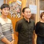 代表の岩木さん(中)とCGディレクター加藤真治さん、プロダクションマネージャー植松ゆりかさん 【写真をクリックで拡大】